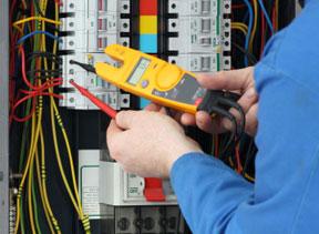 رعایت قوانین نظام مهندسی در تاسیسات برقی